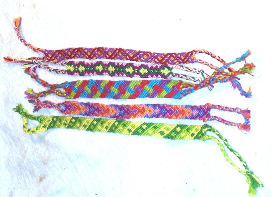 BRACELETS WITH EMBROIDERY FLOSS U00ab EMBROIDERY U0026 ORIGAMI